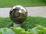 a most curious sculpture in the Hirshorn sculpture garden.